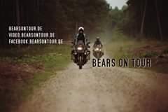 Bild könnte enthalten: Motorrad, im Freien und Text